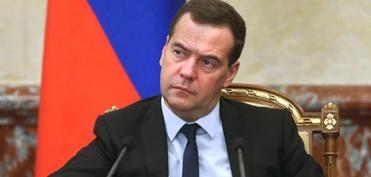 Müharibə Poroşenkoya lazım idi - Medvedyev